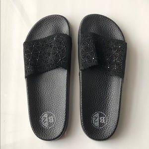 B2 Black Slides